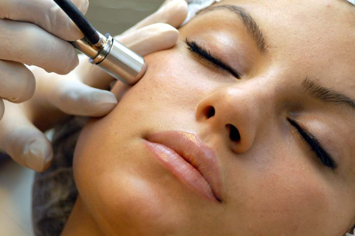 Microdermabrasion at Manolo Salons